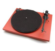 Pro-Ject-Essential-II-Red