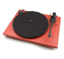Pro-Ject-Essential-II-Phono-USB-Red